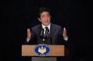 急于改善关系?日本首相安倍改变对华牵制战略