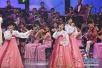 朝鲜艺术团在韩国江陵举行首场艺术演出!