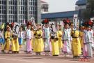 小学体育节上演民族文化秀