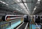 我国突破中速磁浮交通关键技术 新型磁浮列车运行试验成功