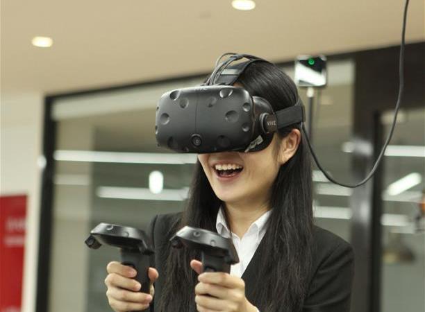 体验VR电子竞技