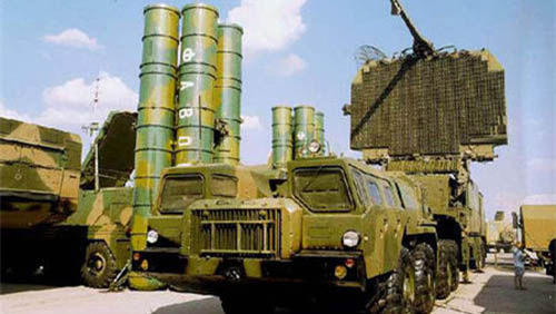 克里米亚 俄罗斯第四套S-400进入战斗值班