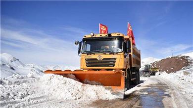 青海玉树雪灾 救援持续进行