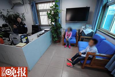 北京动物园两孩子走失