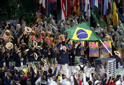 东道主巴西奥运代表团入场