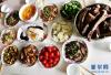 新春走基层:老林家的三顿年夜饭