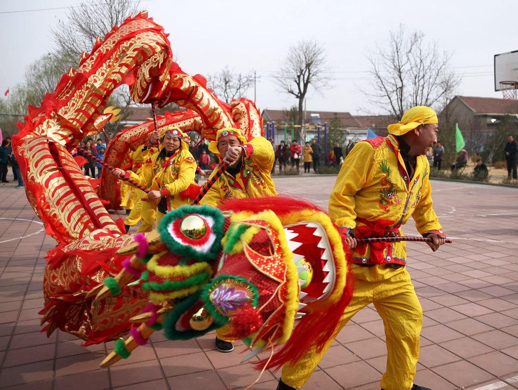 """淄博:""""农事节"""" 乐春耕"""