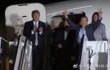 【组图】三名从朝鲜获释的美国公民抵达华盛顿 特朗普迎接