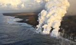 美国火山持续爆发