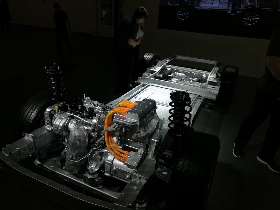 2019海口新能源车展:理想智造ONE亮相