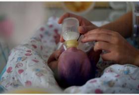 美国孕产妇死亡率逐年上升 背后原因复杂