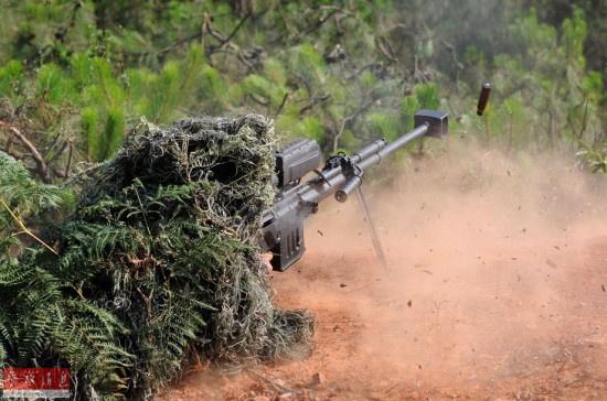 解放军特种部队狙击手 【资料图】-中国特种部队打出国际狙击比赛参