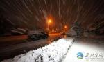 内蒙阿拉善十月飘雪