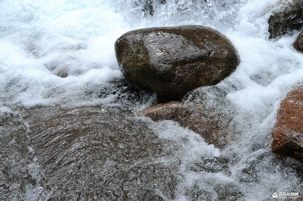 秋日到崂山去看水 感受清澈纯净之美