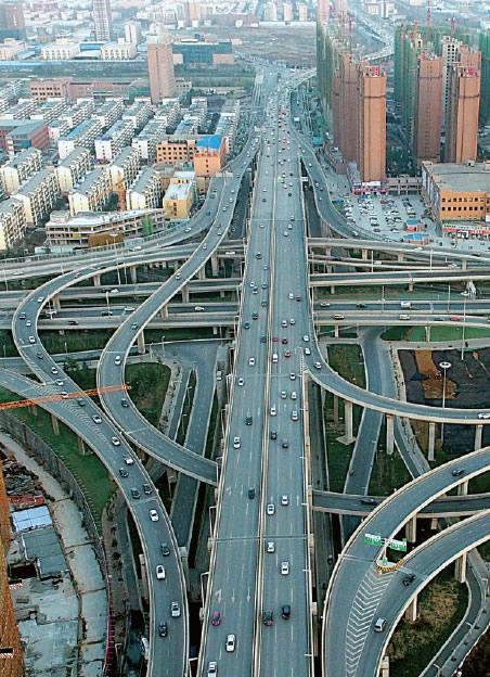 海路与中州大道互通式立交桥-郑州大三环闭合 40分钟横穿城区