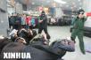 中国旅游团巴黎遭抢劫:游客被喷催泪瓦斯