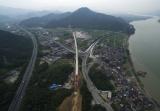 杭黄铁路主体工程全线贯通,力争明年10月开通运营