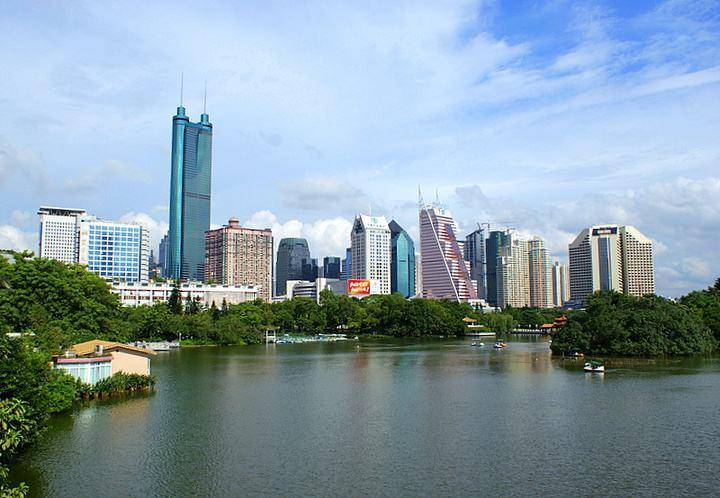 网上赌博平台网址:深圳GDP首超香港?统计局辟谣:未超但差距再度缩小