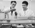 """南京公安有个检验室擅长检验""""毒物"""",一年多救了19条人命"""