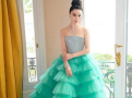范冰冰绿色蛋糕裙被吐槽过时