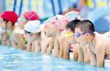 学生怎么才算会游泳?海南省给出标准:无辅助独立游25米