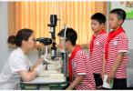 """江苏学生总体近视率为75.4% """"小眼镜""""如何摘?"""