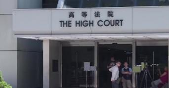 香港:教授杀妻女罪成立判终身监禁