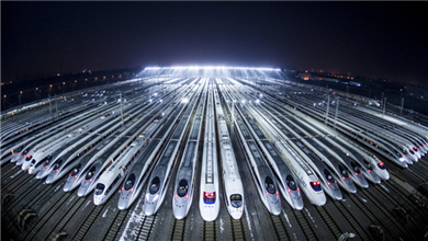 中东国际铁路展 中国高铁技术亮相海外舞台