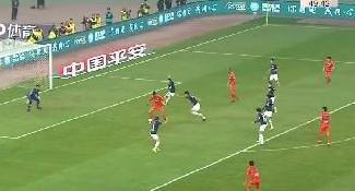 中超开赛:费莱尼首秀进球 鲁能10人和获开门红