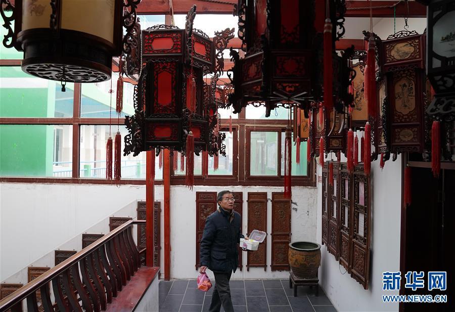 (图片故事)(4)张俊涛:让更多人了解传统灯笼文化