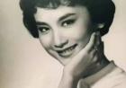 她是真正的小龙女,只有林青霞敢跟她比美!