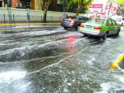 申城下周高温强度稍有降 午后阵雨仍相随