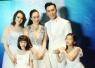 钟丽缇三个女儿改姓张 张伦硕纪念日唱情歌给老婆