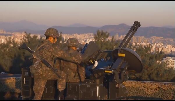 韩公开首尔部队重武器