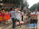灵寿14户贫困家庭春节前收到暖心礼物 纷纷表示感谢