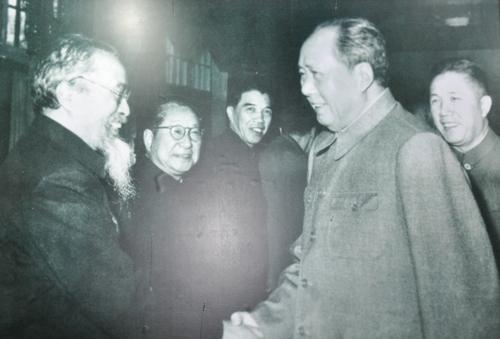 哲学大师冯友兰名篇名言,带你用哲学驾驭传统人生