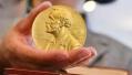 神话被丑闻打回原形,诺贝尔奖并非在天堂举办