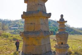 探访五顷寺石塔:庙宇和塔林已不复存在