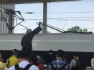 突发!高铁接触网上有异物!沪宁城际多趟列车遭逼停!