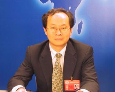 金沙jin6008.com:最高人民法院审判监督庭负责人就张文中案改判答问