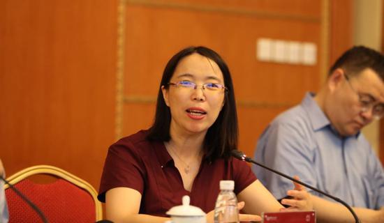 中国社会科学院世界经济与政治研究所国际贸易室主任东艳   (夏宾/摄)