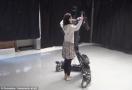 机器人也开始玩艺术?
