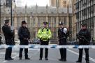 记者直击伦敦恐袭现场:为保命翻过5米高墙