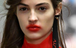 现在最流行的热吻唇妆,是欺负我没接过吻吗?