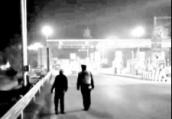 鹤壁:老人误上高速公路 交警伴行5公里护送