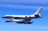 """空军多型多架战机绕飞祖国宝岛 来看背后""""军事机密"""""""